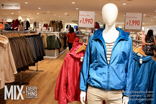UNIQLO Megamall Opening (23 of 25)