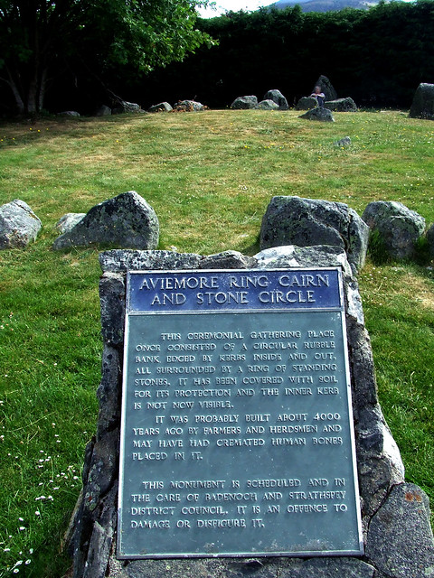 Aviemore ring cairn and stone circle sign