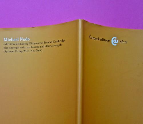 Michael Nedo (a cura di), Una biografia per immagini. Carocci 2013. Progetto grafico di Shoko Mugikura e Michael Nedo. Falcinelli & co. per l'ed. it. Risvolto, quarta di sovracoperta (part.) 1