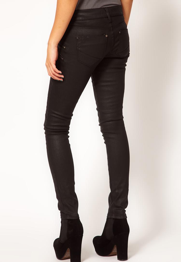 River Island Ellys Skinny Jean In Black Coated Denim