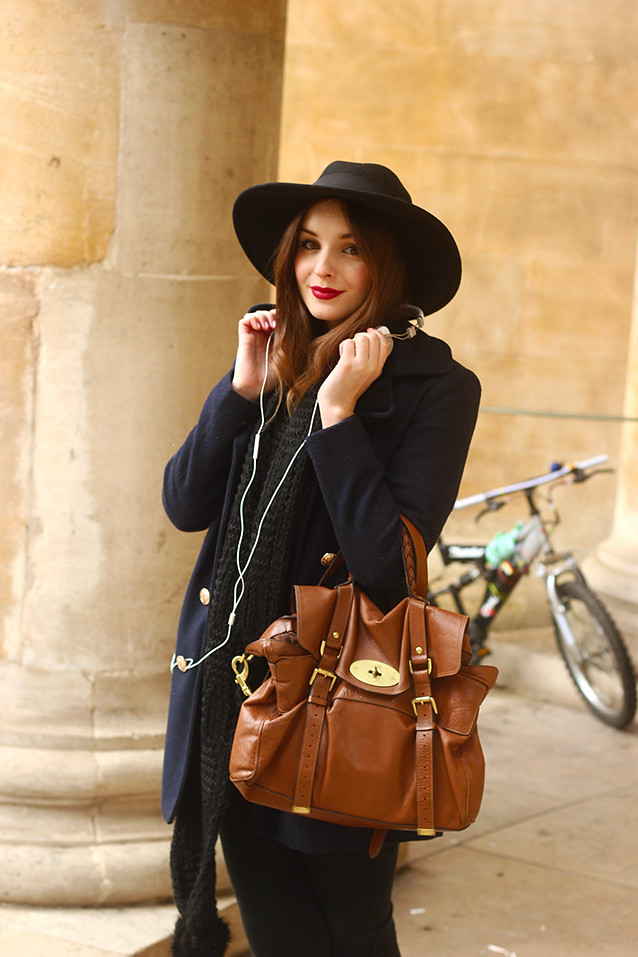 Navy and black outfit Mulberry back