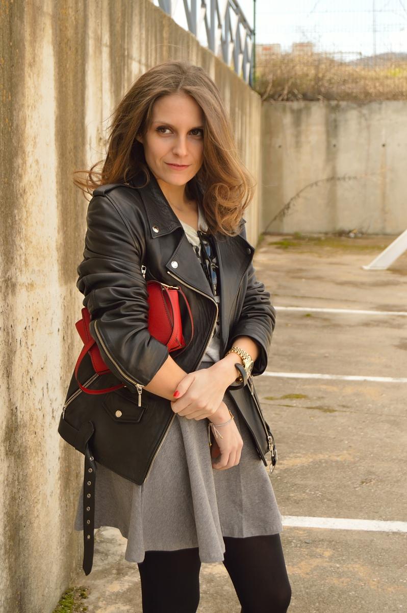lara-vazquez-madlula-blog-fashion-style-streetstyle-fashion-skater-skirt