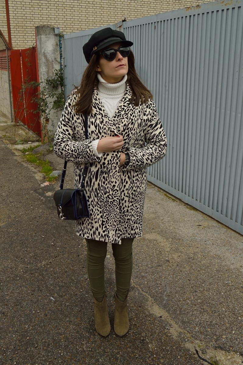 lara-vazquez-madlula-blog-leopard-coat-fashoin-green-olive