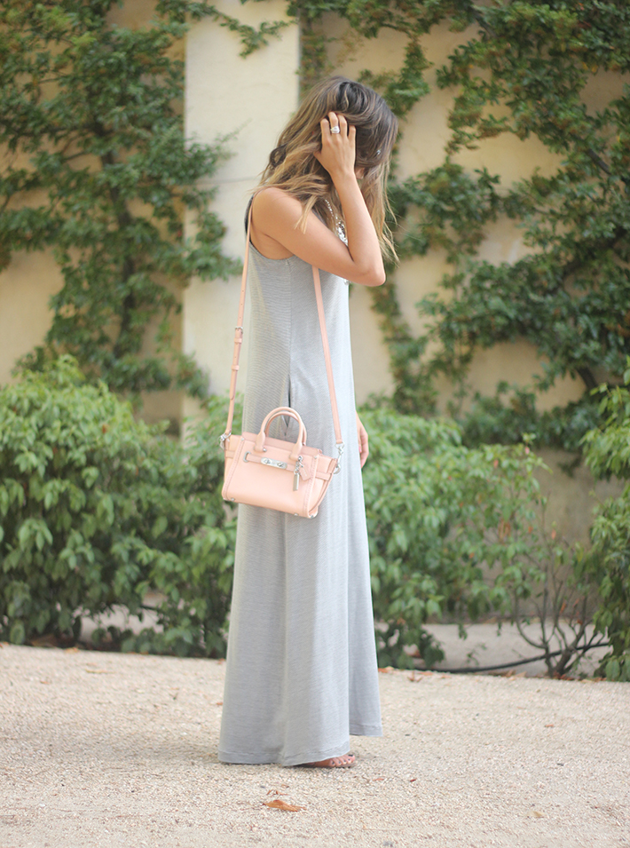 striped maxi dress summer comfy outfit04