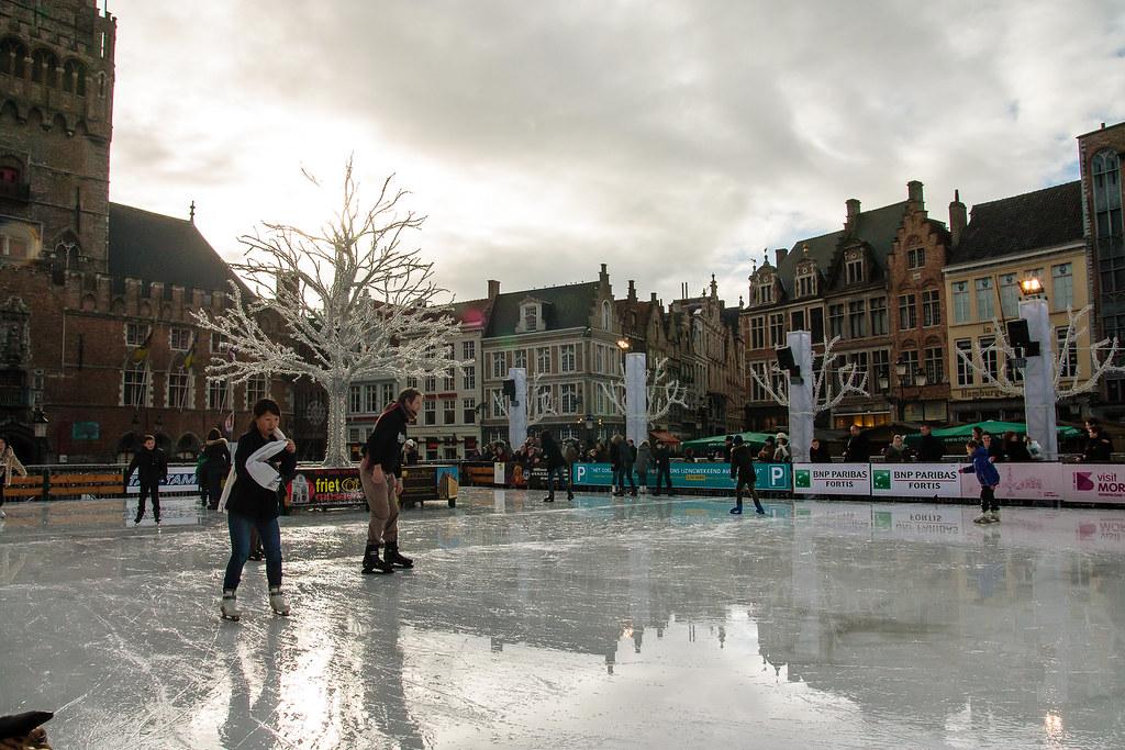 החלקה על הקרח בבלגיה ברוז