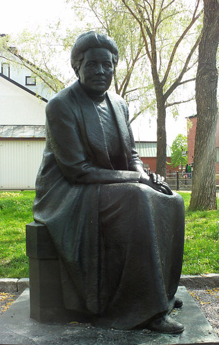 Statue of Selma Lagerlöf in Falun