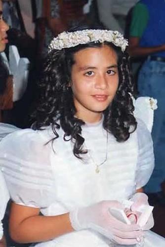 Diosa Canales como nunca la habías visto ¡Frente al altar!