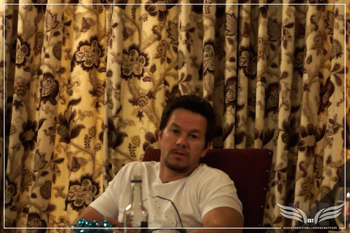 The Establishing Shot: MARK WAHLBERG TALKS 2 GUNS by Craig Grobler