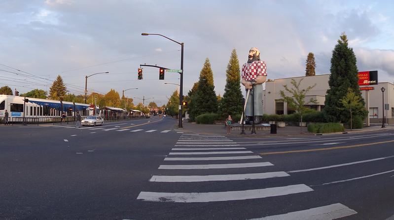 013 Paul Bunyan Statue
