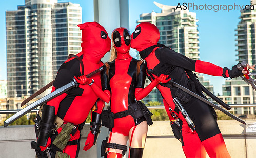 Fan Expo 2013 Toronto Deadpool is in looooooovvvve by andreas_schneider
