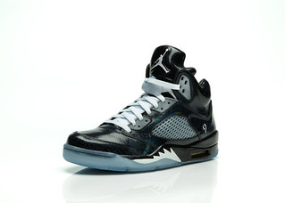 Air Jordan 5 Retro Doernbecher Freestyle �Isaac Arzate� Colorway