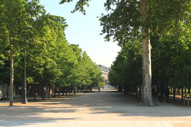 PARIS 447