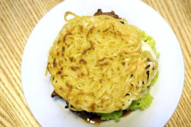 javries restaurant gurney paragon Penang - ramen burger-003