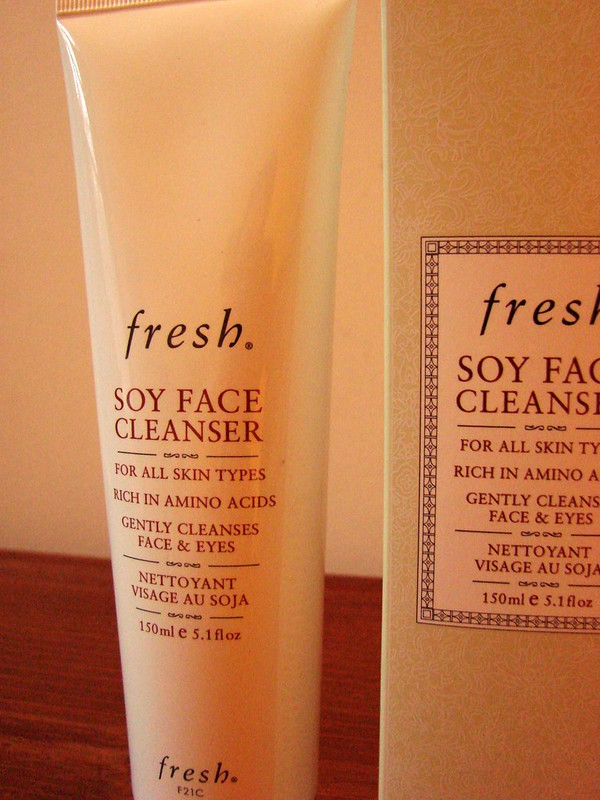 Fresh Soy Face Cleanser 2