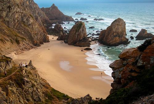 sea praia beach portugal water água canon mar sand rocks areia sintra falésias scarp rochedos praiadaursa escarpas pedronascimento