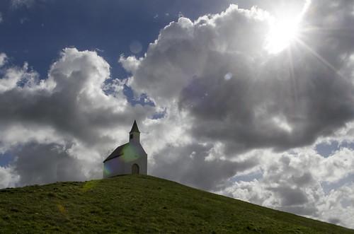 sun art church backlight clouds artwork wolken lensflare zon kerk tegenlicht kunstwerk hillock terp leidschenveen deterpvanleidschenveen