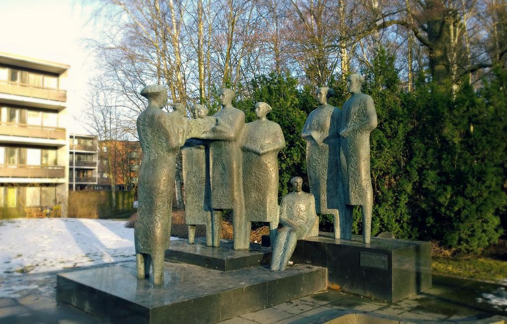 Kansojen ystävyyden monumentti Helsinki