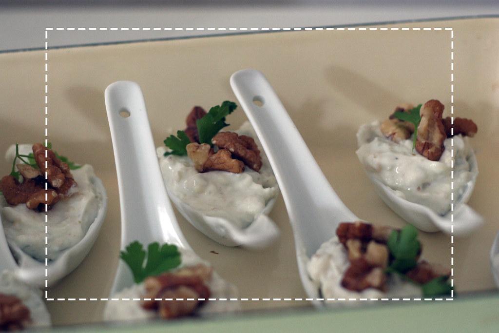 oscar buffet 2014: gorgonzola creme mit walnüssen