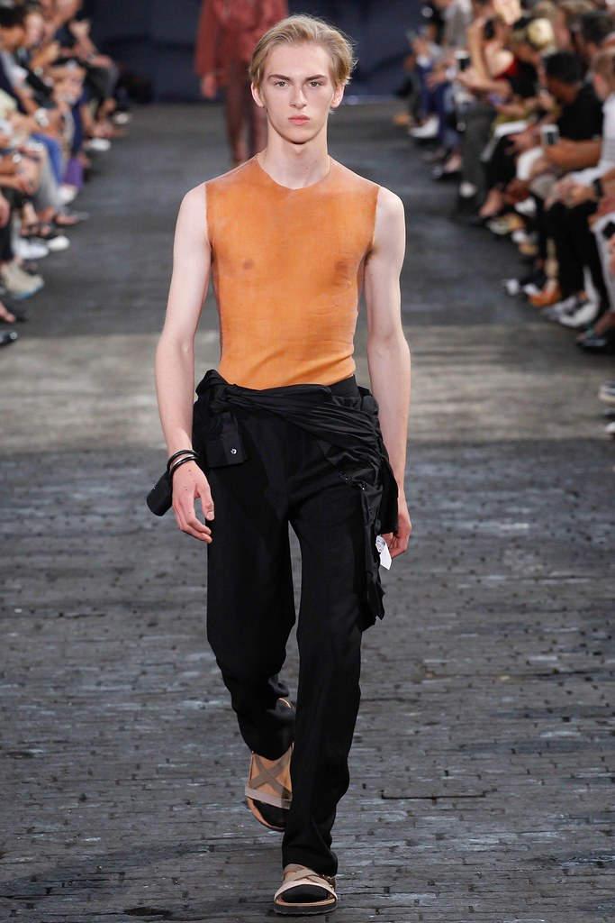 Dominik Sadoch3398_SS16 Paris Maison Martin Margiela(VOGUE)