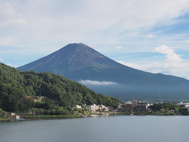旅館房間拍攝富士山