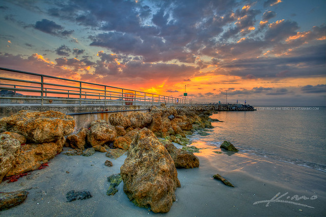 Sunrise-at-Jupiter-Inlet-Ocean-Park-by-Walkway