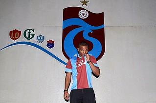 Florent Malouda Trabzona Geldi