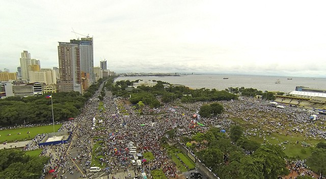 #MillionPeopleMarch (gma7)