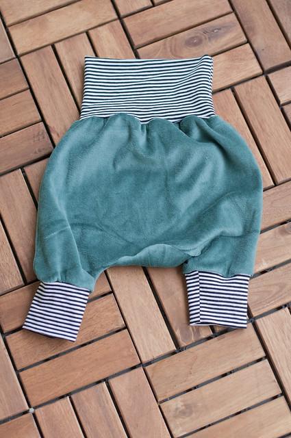 mini pants