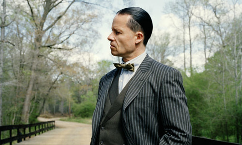 lawless-guy-pearce-photo