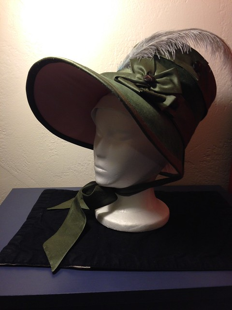 Regency Bonnet