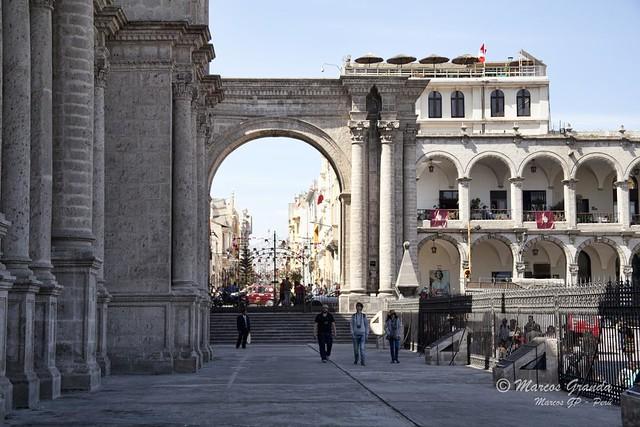El portal de la catedral