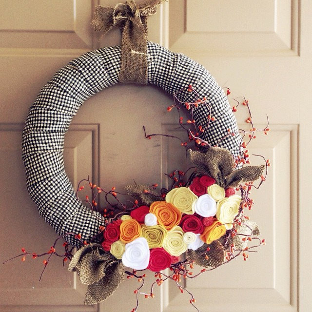After a long crafting dry spell,  I was inspired to make a wreath this morning. Last night's @anthropologie workshop was a kick in the behind. #makersgonnamake #feelingrefreshed // Now who wants to ask our landlord if I can paint the front door turquoise?