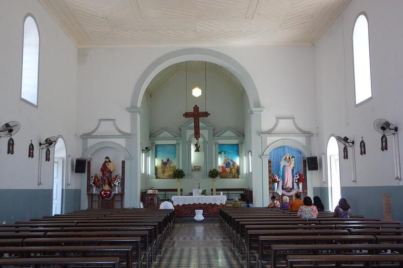 Fotografia do interior da Igreja de São José de Macapá, Amapá Brasil