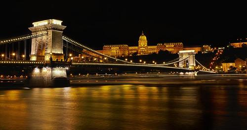 travel blue sunset vacation colors canon river europe hungary budapest east hour luis parlament hdr henrique 6d chainbridge danubio országház boucault
