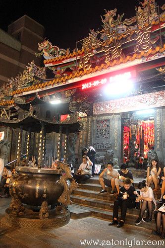 Shilin Temple, Shilin Night Market
