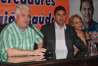 O presidente da Câmara, Marquinho Amaral, ao lado dos vereadores do Solidariedade Dé Alvim e Cidinha do Oncológico