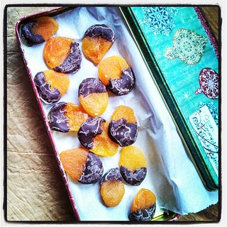 My most favorite holiday treat, chocolate dipped apricots! #yumo #chocolate #handmade #love #latergram