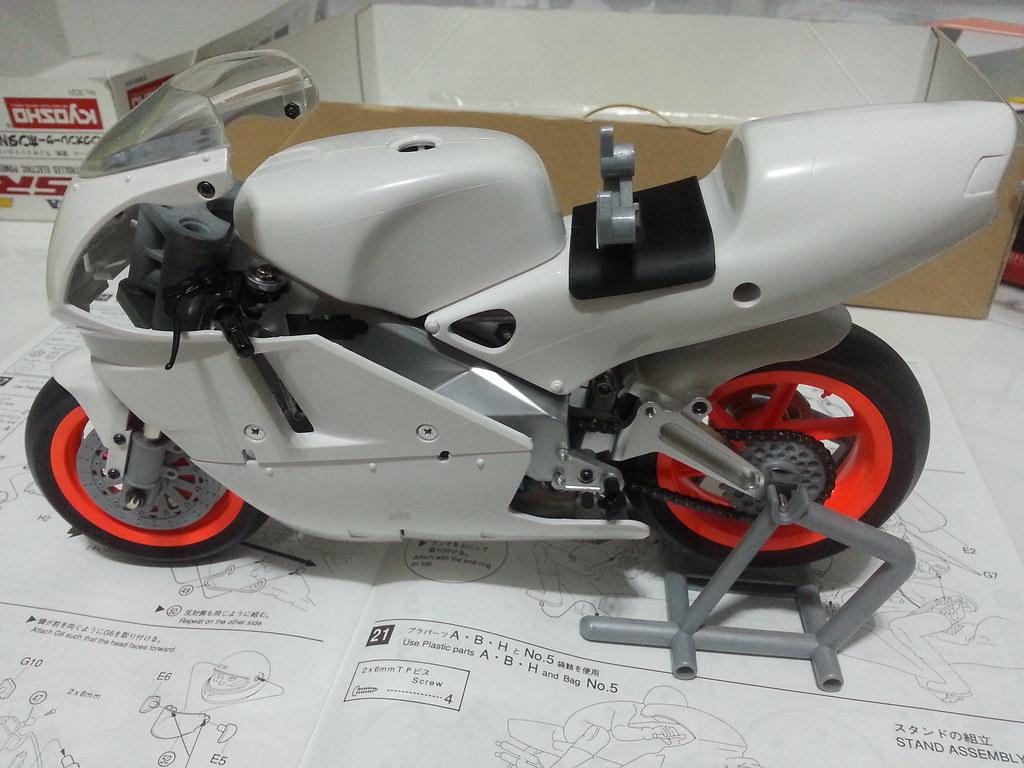 Babyboy's Kyosho Honda NSR 500 HOR 11972415266_7cf76f792e_b