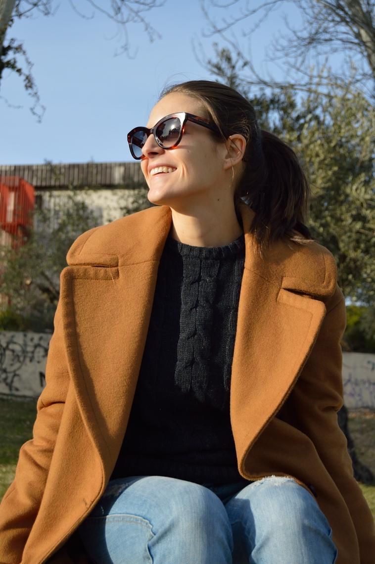 lara-vazquez-madlula-blog-brown-coat-happy-winter