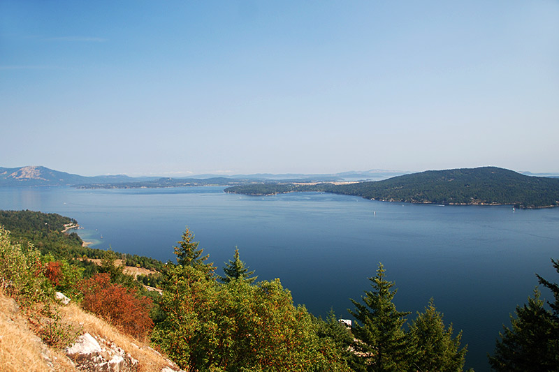 View from the Malahat over Saanich Inlet, Victoria Airport and Saanich Peninsula, Greater Victoria, Vancouver Island, British Columbia