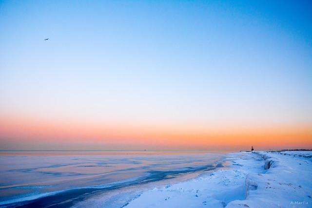 Rise, Lake Michigan