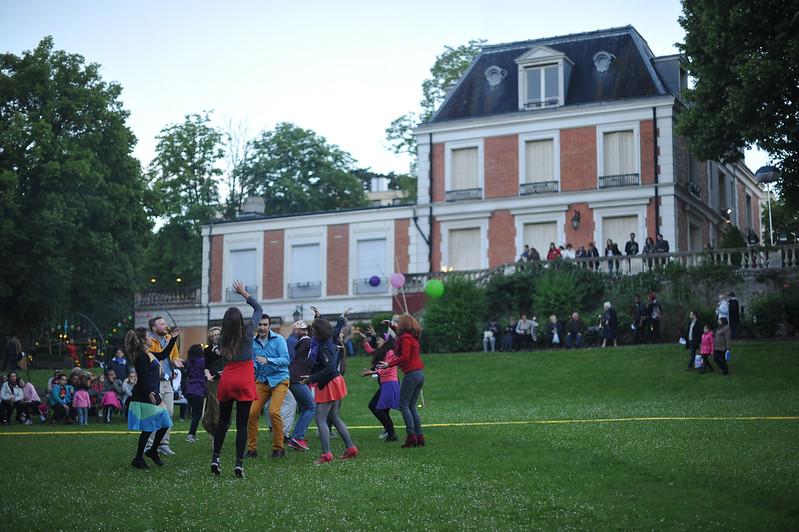 Evry Daily Photo - Theatre de l Agora Evry - Spectacle Cloture de Saison - Parc Pompidou - 03