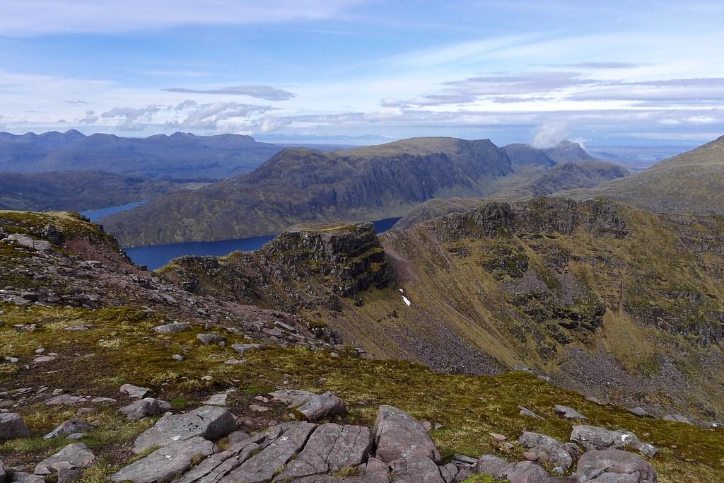 Beinn Lair and Beinn Tarsuinn's ridge