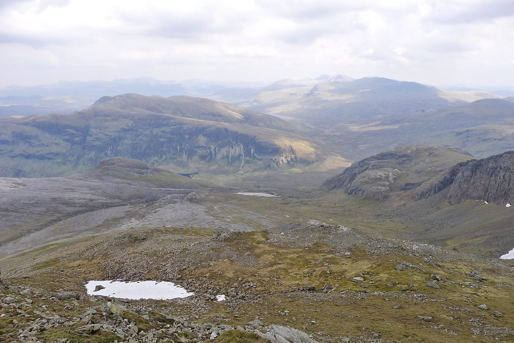 From the east top of Mullach Coire Mhic Fhearchair