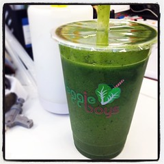 J cup - baby spinach, mango, banana, blueberry