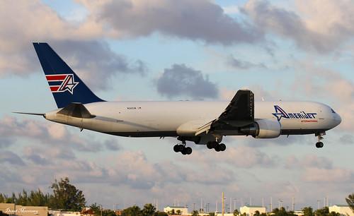 B763 - Boeing 767-338(ER)(BDSF)