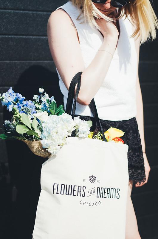 Flowers for Dreams in Chicago on juliettelaura.blogspot.com