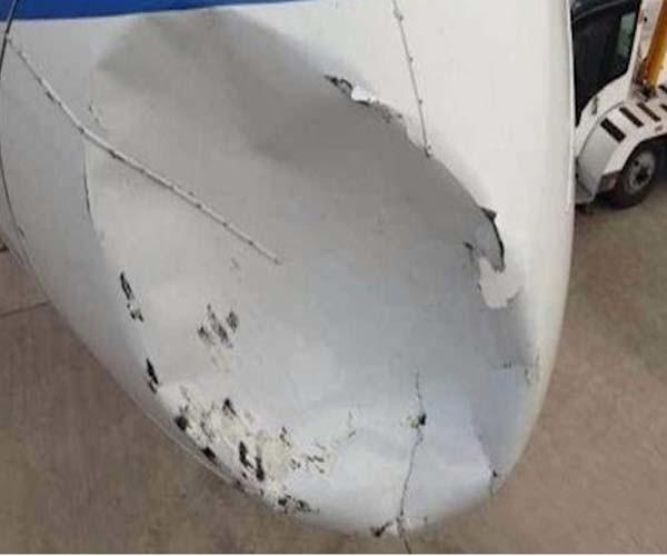Avión chino impacta con Ovni en pleno vuelo
