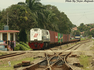 CC 20308 Hauling Freight Train at Padalarang Station