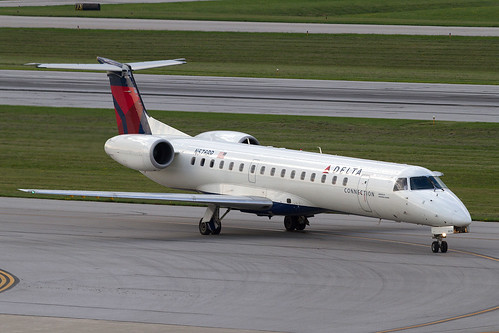 Delta Connection (Chautauqua) Embraer ERJ-145 N576RP KCMH 01AUG13